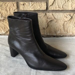 Banana Republic brown boots Ankle Booties Pointed